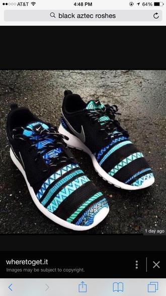 shoes black aztec roshe black aztec nike roshe roshes nike aztexprint black nike running shoes nike roshe run aztec shoes