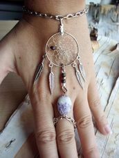jewels,jewelry,bracelets,dreamcatcher,style,fashion,ring,pretty,cute,tumblr,boho,gypsy,ringbracelet ring bracelet dreamcatcher,hand