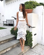 skirt,tumblr,lace skirt,white skirt,top,white top,white crop tops,crop tops,sandals,high heel sandals,sandal heels,all white everything,bag,shoes