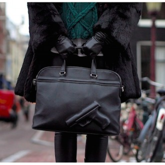 bag black it girl shop pistol gun leather badass streetwear hipster chic goth trendy