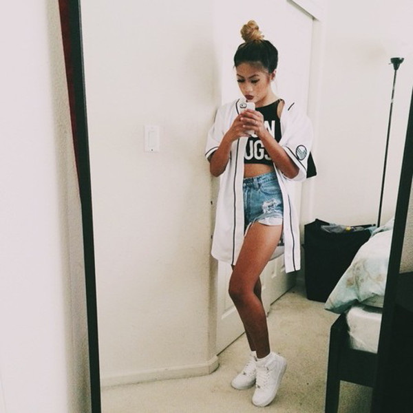 baseball jersey baseball tee denim shorts white sneakers black crop top black top shirt white cardigan