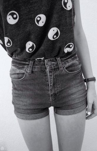 shirt top black white short high ying yang crop tops grunge