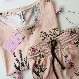 blouse yeah bunny floral flower power cute girly pastel pale pink retro smell vintage coachella