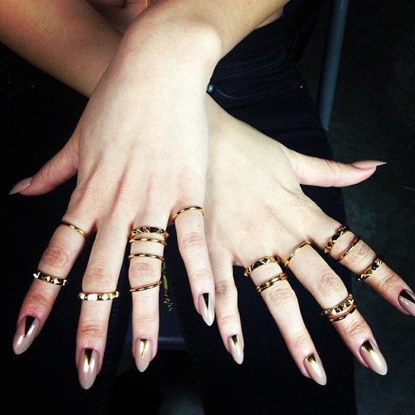 jewels ring gold gold mid finger rings hands nails ring jewelry