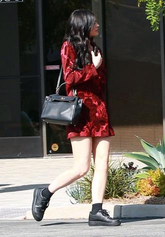 shoes oversized kylie jenner kardashians velvet black bag long sleeves red dress black sneakers