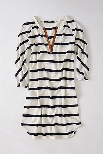 blouse striped shirt blue and white striped shirt stripes mid length sleeves comfy black & white tunic brown leather v neck dress black and white top