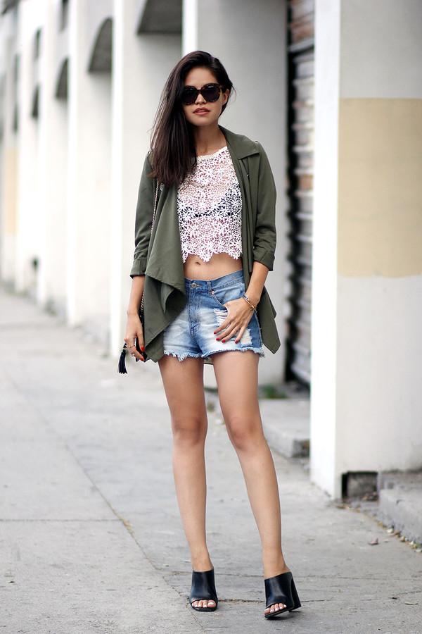 fake leather blogger top bag sunglasses jewels