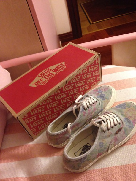 shoes here arethe shoes vans floral new spring collection