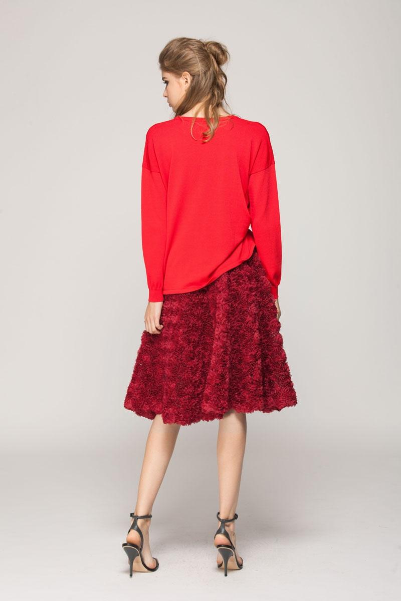 Dimensional flower skirt