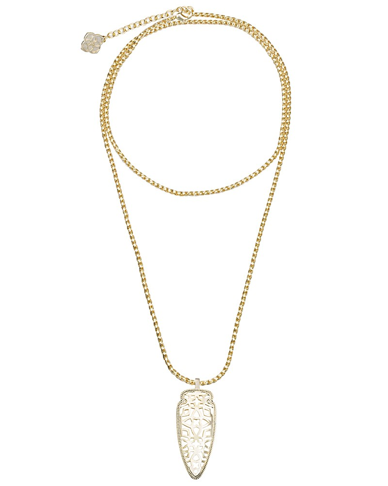 Sienna Pendant Necklace in Gold - Kendra Scott Jewelry