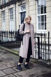 into the fold,blogger,long coat,coat,pants,jewels,sweater,grey long coat