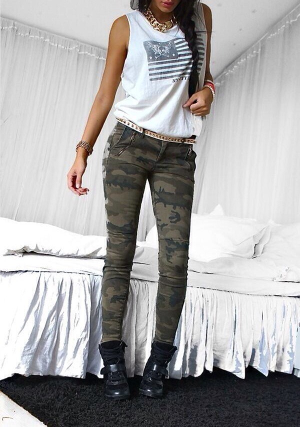 jeans pants shirt camouflage skinny jeans shoes black shoes