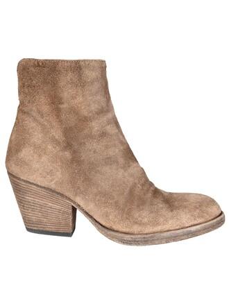 boots shoes