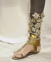 shoes,bling,gold,sandals,chic,elegant