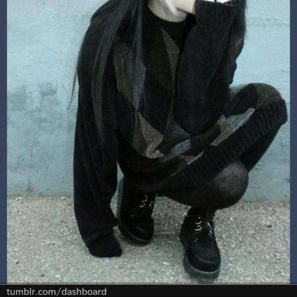 shoes black clothes