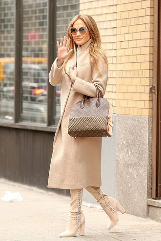 coat jennifer lopez boots