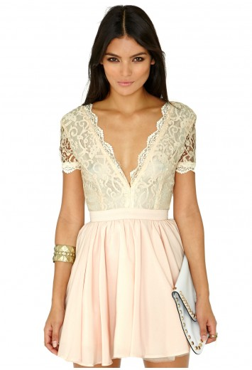 f2bfd31a8af1 Aleena Lace Plunge Neck Puffball Dress - Dresses - Mini Dresses - Missguided