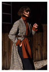 coat,tumblr,printed coat,sweater,rust,slit top,turtleneck,turtleneck sweater,pants,black pants,wide-leg pants,striped pants,belt,fall colors,fall outfits,sunglasses
