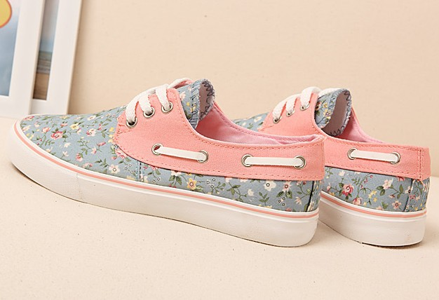 Womens sneakers run New princess women canvas floral print shoes women's casual sports running sneakers for lady flats shoes -in Flats from Shoes on Aliexpress.com