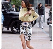 sweater,kendall jenner,kardashians,skirt,wool,knitwear,knit