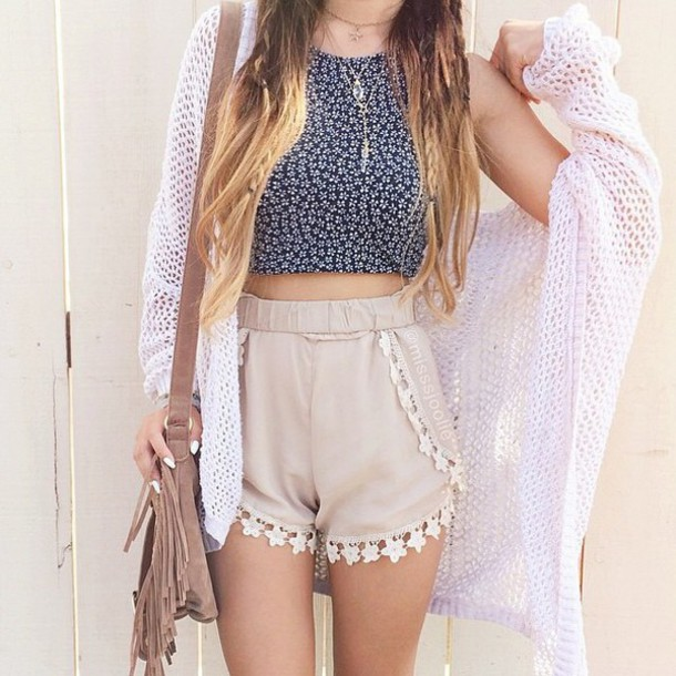 shirt cardigan shorts crop tops bag clothes boho cute shorts High waisted shorts beige flowered shorts white top oversized knitwear outfit clothes gray/white cardigan sweater knit cardigan sweater bag pants daisy top white pink dress fashion style dress skirt t-shirt