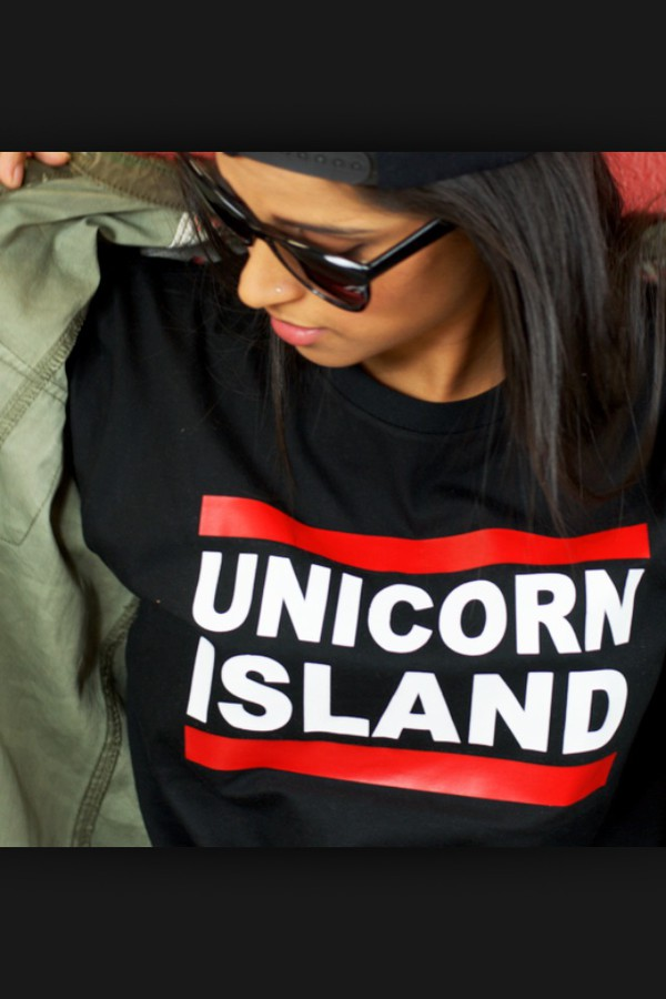 shirt unicorn island superwoman iisuperwomanii