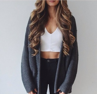 cardigan gray cardigan top crop tops crop white grey oversized sweater knitwear blue oversized cardigan white crop tops white top grey sweater black jeans jeans closet goals instagram black tumblr knitted cardigan