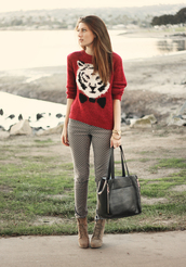pants,sweater,shoes,jewels,bag,tiger,red sweater