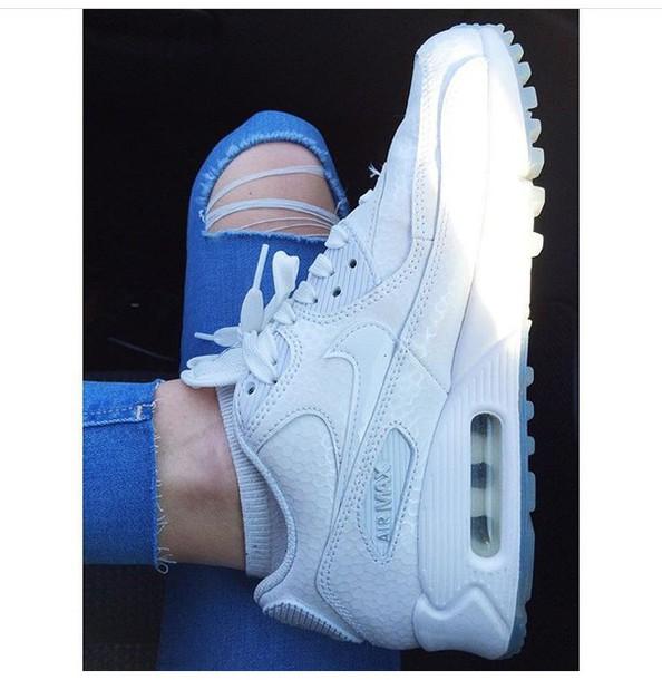 shoes white nike air max air max white sneakers white nikes sneakers nike sneakers sneakers white