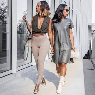 shoes white boots nude leggings transparent boots transparent transparent shoes clear clear boots boots high heels boots dress leather dress grey dress short sleeve dress leggings top crop tops khaki top v neck bag nude bag clutch pouch summer outfits
