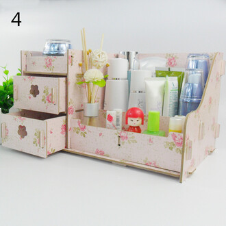 make-up makeup palette makeup brushes makeup bag makeup table makeup organizer home accessory trendy fashion girly