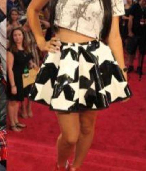 stars style black white skirt