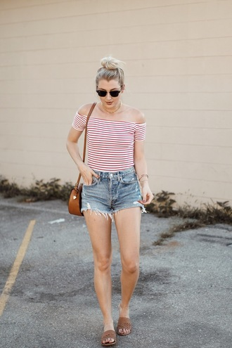 love lenore blogger shorts shoes sunglasses jewels bag shoulder bag summer outfits denim shorts slide shoes striped top top