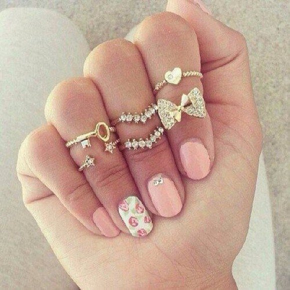jewels ring gold sliver sparkle sparkles bling girly cute nice cool heart bows midi rings rings set 18k gold bow ring heart ring ring gold rings nail polish shiny bows hearts pearls star key help me find this