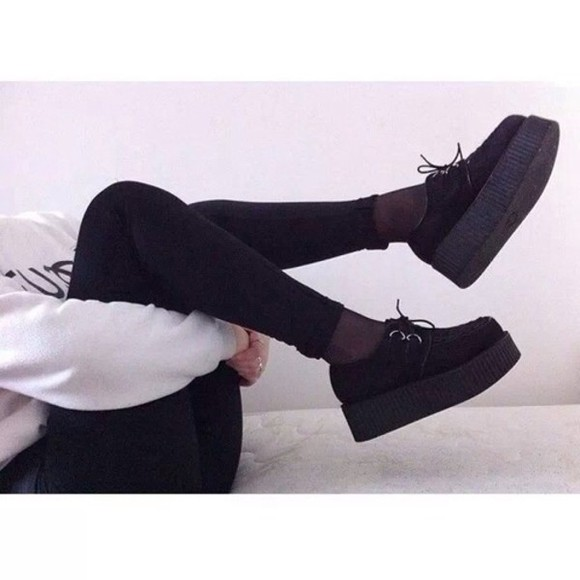 shoes platform shoes black creepers