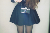 skirt,skater skirt,black,camera,tights,grunge,soft grunge,black skirt