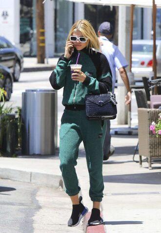 pants sweatshirt sweatpants sneakers streetstyle sofia richie