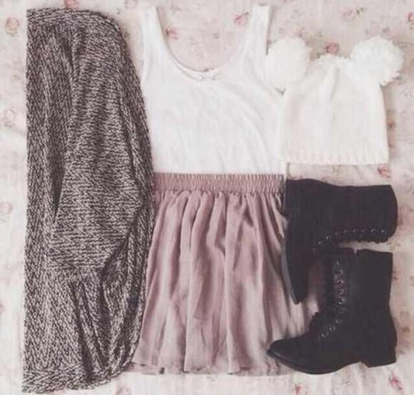 elastic skirt short black and white light plum cardigan shirt dress boho hipster grunge alternative vintage sweater combat boots beanie hat pom pom beanie pink parole pink