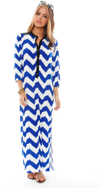 Bags valeria chevron print maxi dress in blue (blue/white)
