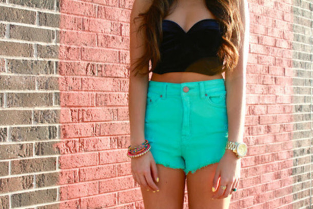 shirt black bustier cropped shorts clothes High waisted shorts turqoise teal turqoise shorts high waisted crop tops crop hipster High waisted shorts High waisted shorts cute t-shirt blouse bra bustier black sleeveless bright fashion light blue corset top bracelets tank top clothers teal shorts denim floral green bandaeu summer turquoise aqua blue summer colors crop tops long hair brunette tanned girl mint denim shorts pants crop tops black dress
