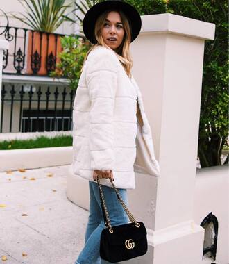 jacket hat tumblr white jacket denim jeans black jeans bag black bag fedora