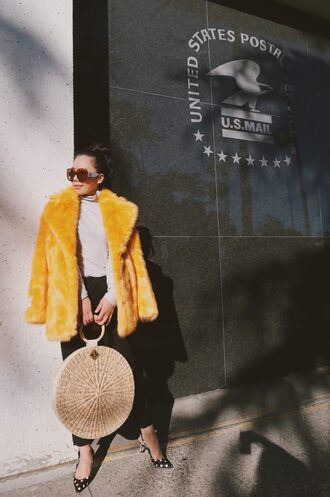 hallie daily blogger coat t-shirt bag jeans shoes sunglasses top fur coat faux fur coat round bag basket bag pumps
