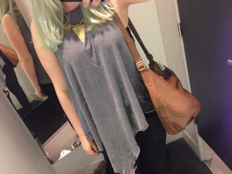 bag brown bag grey top vans sneakers golden necklace