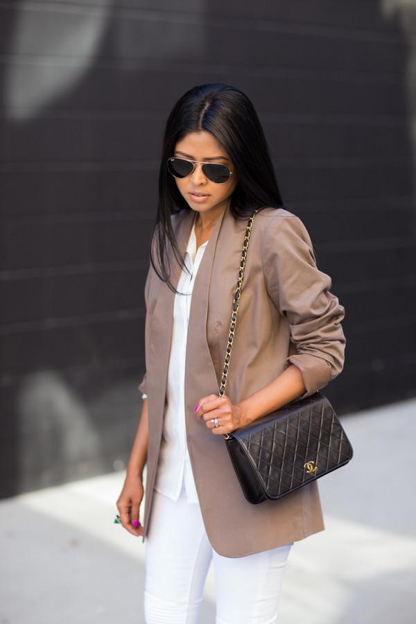 walk in wonderland jacket jeans shoes bag sunglasses