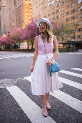 katie's bliss - a personal style blog based in nyc blogger bag make-up white skirt midi skirt pink top blue bag crossbody bag summer outfits ballet flats