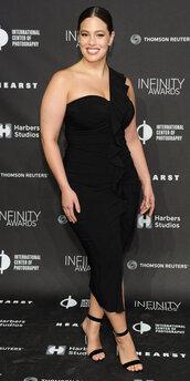 dress,curvy,plus size,plus size dress,sandals,ashley graham,midi dress,black dress,bodycon dress