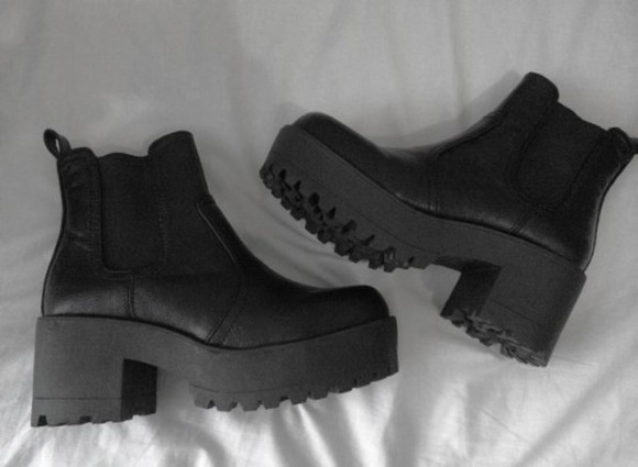 jeffrey campbell black boots black shoes chunky shoes grunge grunge shoes chunky boots edgy style edgy boots.