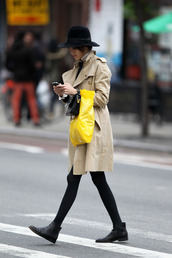 shoes,boots,alexa,alexa chung,ankle boots,black,leather,flat