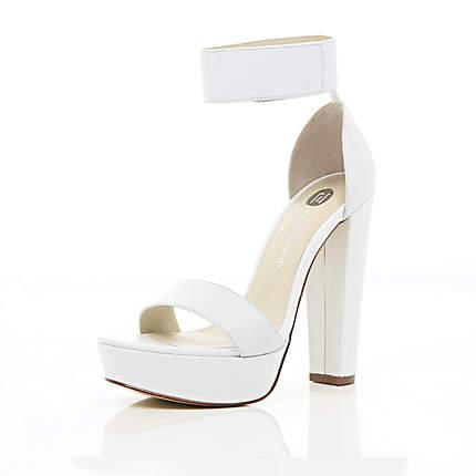 white sandals white chunky heel platform sandals