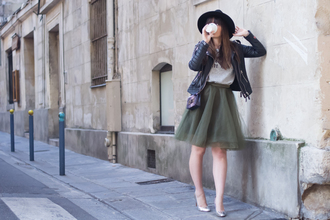 meet me in paree blogger skirt top shoes jacket